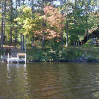 Image link, a picture of a Mercer lake house